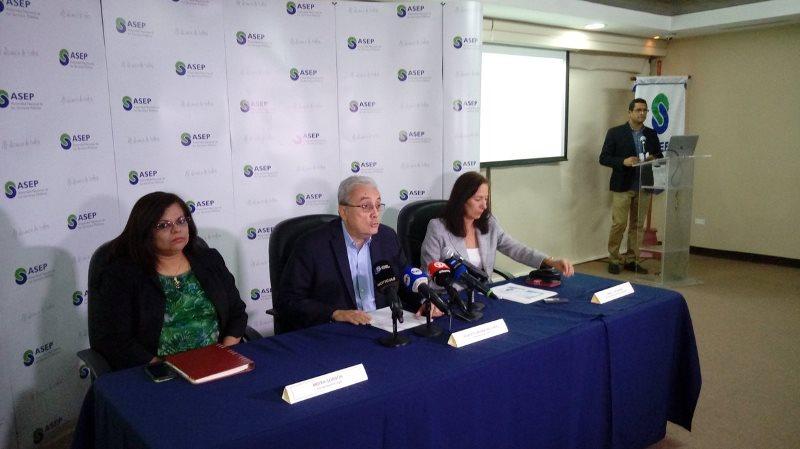 Anuncian tarifas eléctricas para primer semestre del 2018