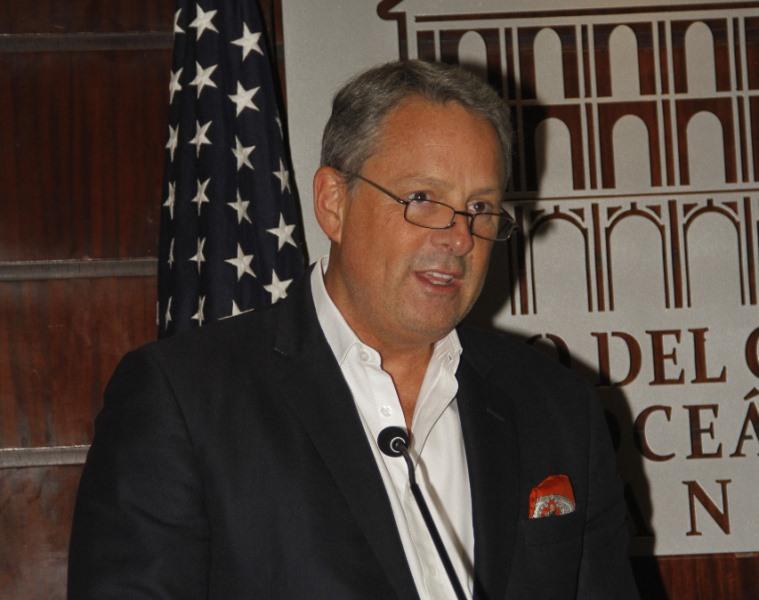 Embajador de Estados Unidos en Panamá renuncia a su cargo