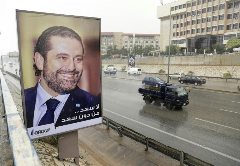 Hariri regresó a Beirut casi tres semanas después de dimitir en Riad