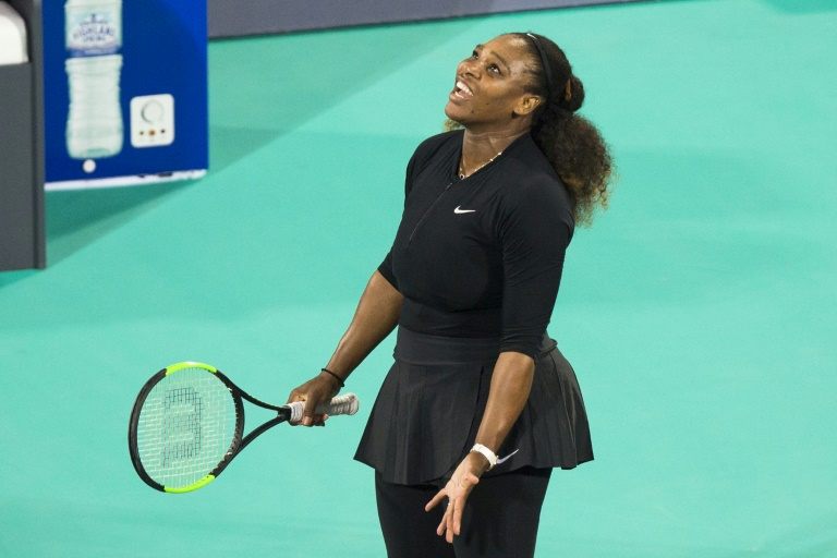 Serena Williams regresa con derrota, en Abu Dabi