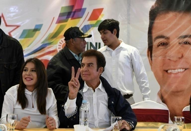 Hondureños defenderán resultados de comicios — Manuel Zelaya