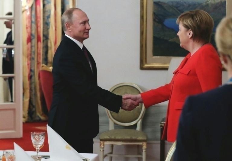 Putin resta importancia a no reunirse con Trump