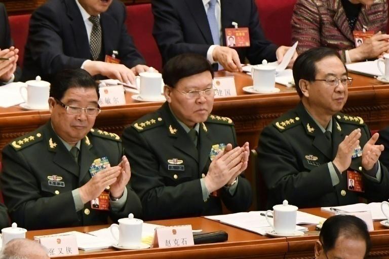 Se suicida un alto cargo militar chino investigado por las autoridades