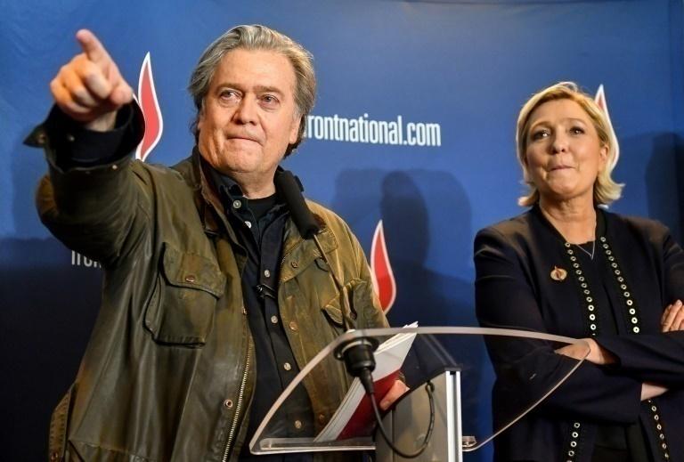 Steve Bannon muestra su apoyo a Marine Le Pen