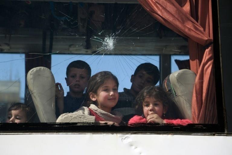Ataque sirio deja al menos 30 muertos, entre ellos figuran ocho niños