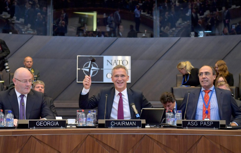 Amenaza EU a Rusia con eliminar sus misiles