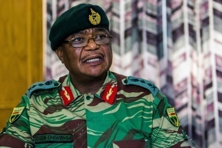 Reportan explosiones en la capital de Zimbabue