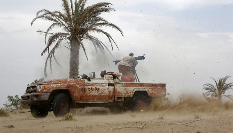 Arabia Saudí y Emiratos inician ataques contra Al-Hudayda en Yemen