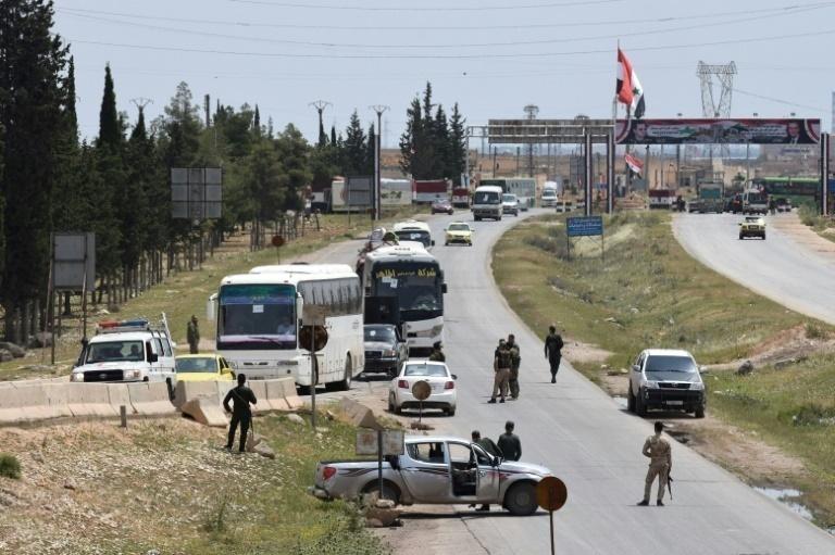 Representantes de grupos rebeldes en siria llegan a Astaná