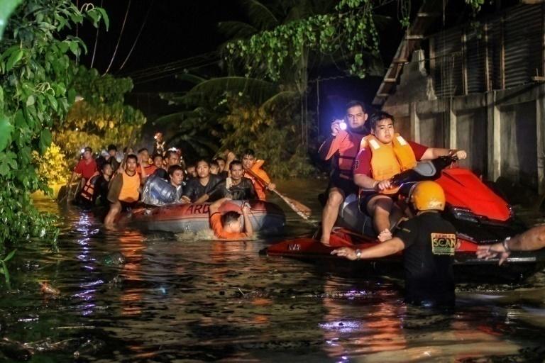 Más de 130 muertos en Filipinas por la tormenta Tembin