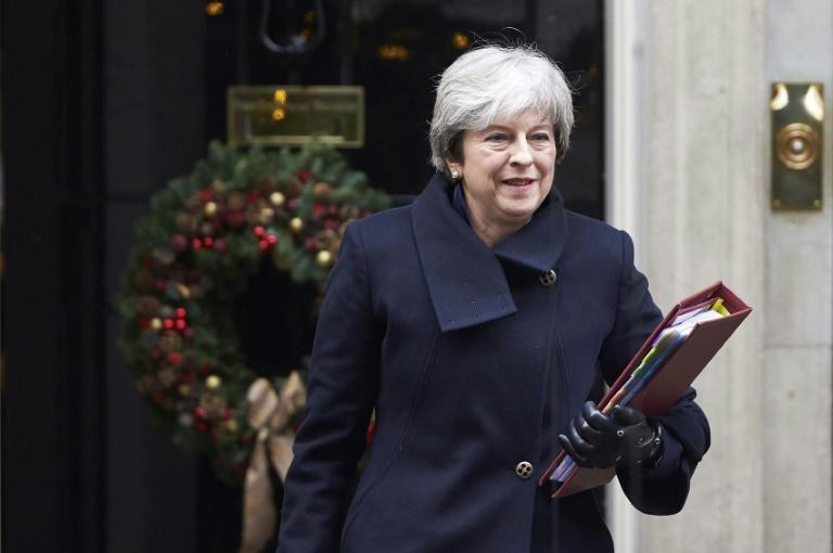 Se fractura respaldo al Brexit en el Parlamento británico