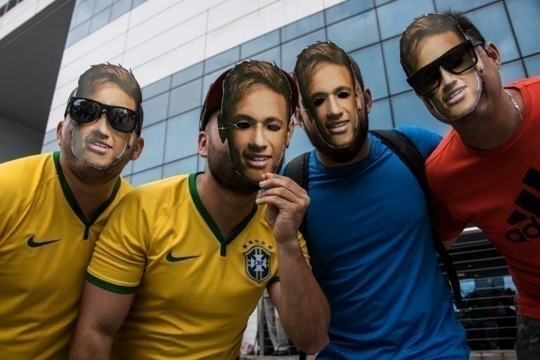 Neymar es operado del tobillo en hospital de Belo Horizonte