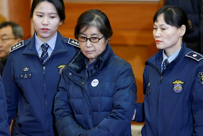 Condenan a 20 años a 'La Rasputina' de Corea del Sur