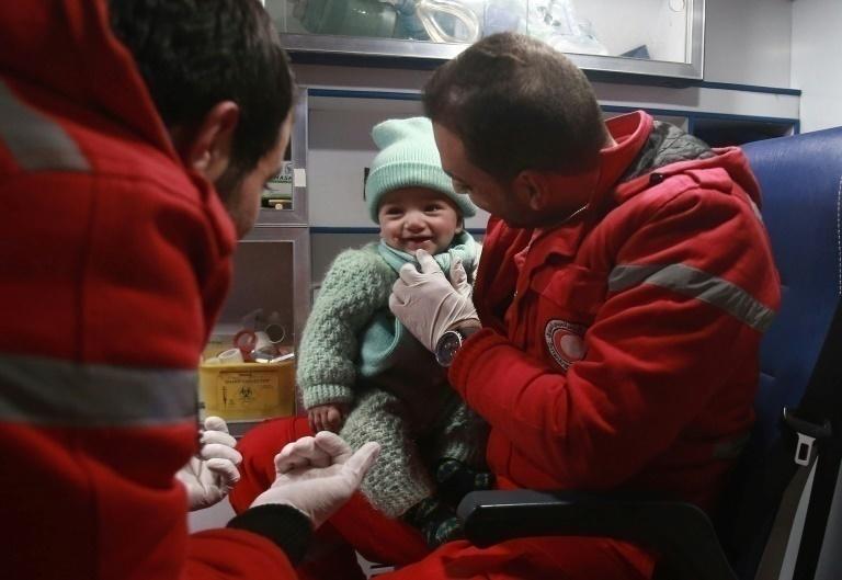Comienza la evacuación humanitaria en el bastión sirio de Guta Oriental