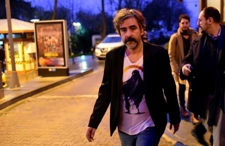Liberan a periodista detenido en Turquía — Diario alemán