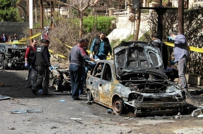 Explota coche bomba en Egipto; muere policía