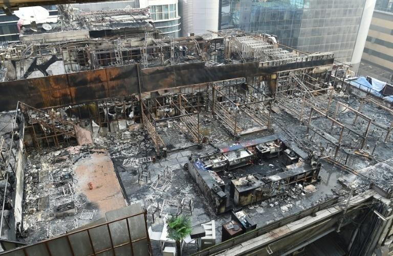 Incendio deja al menos 14 fallecidos en Bombay, India
