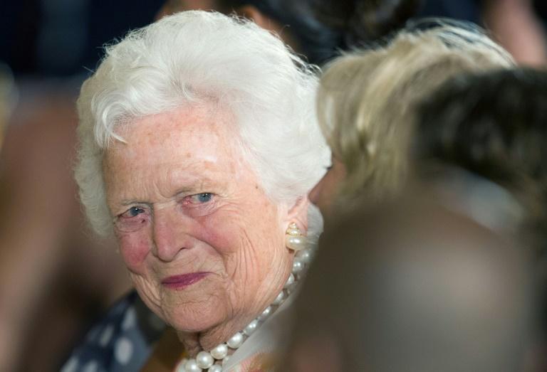 Barbara Bush, exprimera dama de EU tiene graves problemas de salud