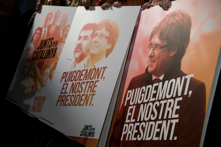 Cuatro líderes catalanes se mantendrán en prisión